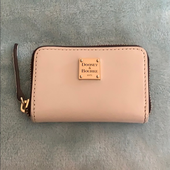 Dooney and Bourke small card case